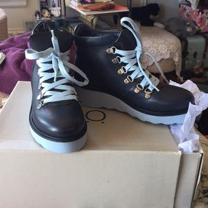 Great pop lace hiker boot